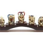 Семь богов счастья на подставке