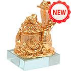 Кобра с горшком золота и жабой богатства