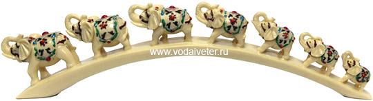 Семь слонов счастья на дуге