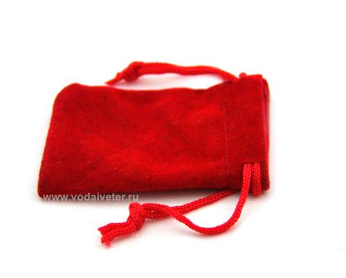 Красный бархатный мешочек