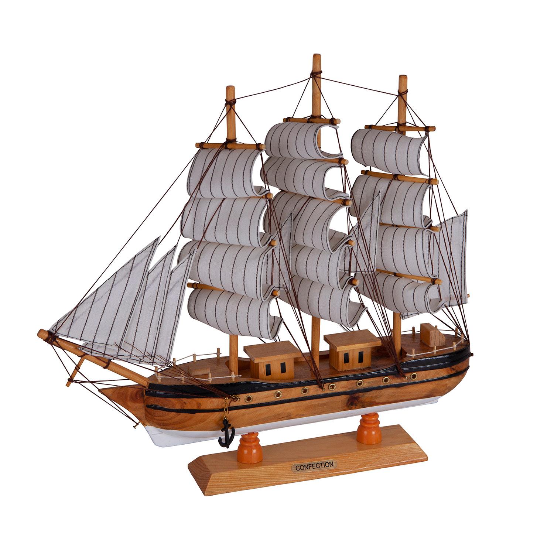 Корабль большой
